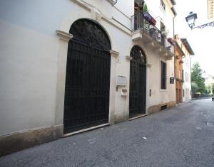 Dimora Cecilia   nel cuore della città, Vicenza, Italy | J2Ski