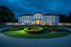 4 star hotel Art Hotel Kaštieľ Tomášov Slovacia