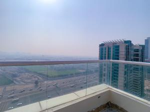 Amazing Fully Furnished Suite With Rooftop Pool And Fitness - Dubai