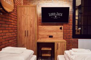 Lord Jack Apartments