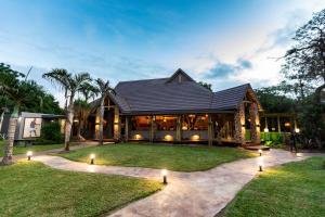 Gooderson DumaZulu Lodge