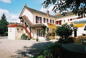 Hôtel Les Fleurs, Отели  Pontaubert - big - 18