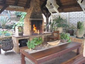 obrázek - See Rus Self catering unit in Westbrook KZN Private Neat and Cosy
