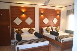 . Samren Restaurant and Guest House