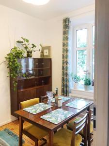 60s Apartment