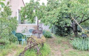 Two Bedroom Holiday Home in Greoux les Bains