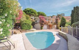 Holiday Home Rayol Canadel Sur Mer Avenue Clement Bayard