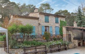 Three Bedroom Holiday home with a Fireplace in La Roquette sur Siagne