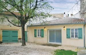 Accommodation in Suze-la-Rousse