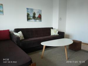 Beautiful Apartment Near Sarajevo Airport With An Amazing