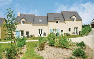Two Bedroom Holiday Home in Le Tronchet