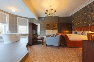 Hotel du Vin & Bistro Cannizaro House (2 of 56)