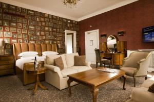 Hotel du Vin & Bistro Cannizaro House (4 of 56)
