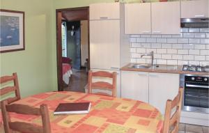 Holiday Home Lierneux 210