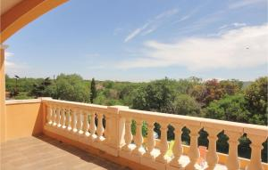 Five-Bedroom Holiday Home in Valmascle