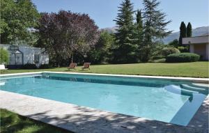 Three-Bedroom Holiday Home in Isernia - Hotel