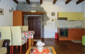 One-Bedroom Apartment in Dutovlje