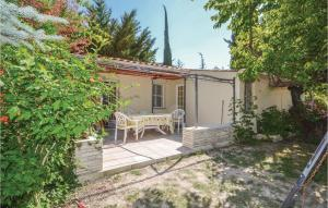 Two Bedroom Holiday Home in Crillon Le Brave