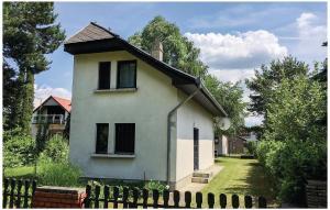 Holiday home Vasút utca-Balatonfenyves, Holiday homes  Balatonfenyves - big - 21