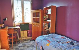 Three-Bedroom Holiday Home in Guichainville