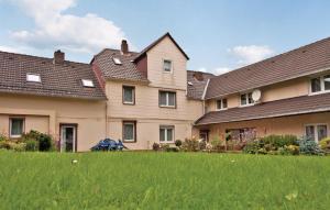 Three Bedroom Apartment Furstenberg/Weser 0 03