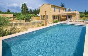 Four Bedroom Holiday Home in Saint Hilaire DOzilha