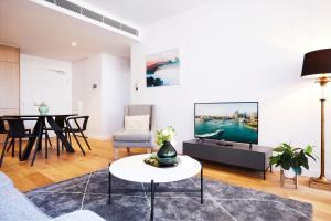 Designer Two-Bed Apartment In The Heart Of Town
