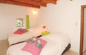 Three-Bedroom Holiday Home in S-Andre-de-Majoencoul.