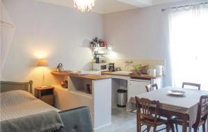 0 Bedroom Apartment in Barjac