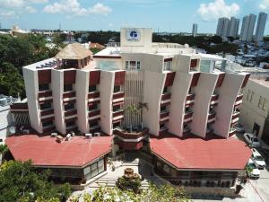 Hotel Plaza Kokai Cancún