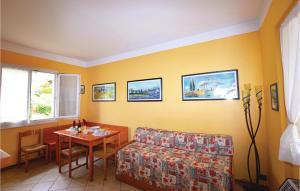 Vilux Heliopolis 3, Ferienwohnungen  Raffa - big - 26