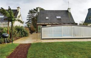Holiday Home Plouay with Fireplace 10
