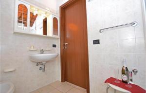 Vilux Heliopolis 3, Ferienwohnungen  Raffa - big - 35