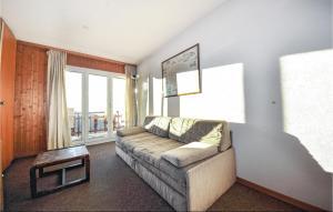 Apartment Greppons R162-7