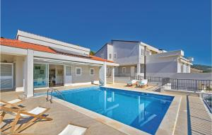 Holiday home Primosten-Dolac with outdoor pool