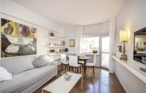 Three-Bedroom Apartment Roma -RM- 0 03 - abcRoma.com