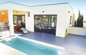 Three Bedroom Holiday Home in Leucate