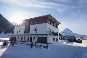 Mountain Lodge - Hotel - Galtür