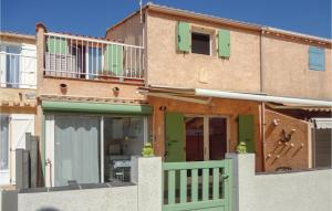 Three Bedroom Holiday Home in Portiragnes