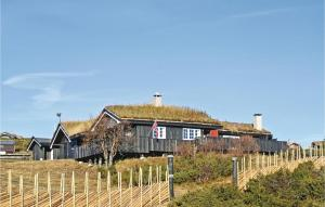 Holiday Home Sør Fron with a Fireplace 09