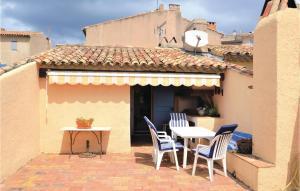 Three-Bedroom Holiday Home in La Cadiere d Azur