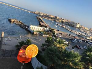 La Volta d'Oriente Riviera - AbcAlberghi.com