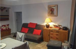 One Bedroom Apartment in Barjac I 2