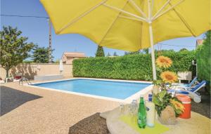Apartment Two Bedroom Holiday Home in Codognan