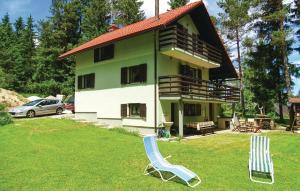 Three-Bedroom Holiday Home in Nova Vas
