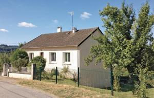 Location gîte, chambres d'hotes Holiday Home Les Rosiers dans le département Haute Vienne 87