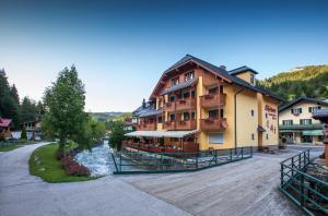 Sporthotel Dachstein West - Hotel - Annaberg im Lammertal