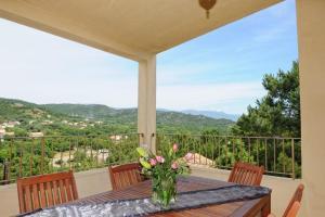 Location gîte, chambres d'hotes Fiori Di Santa Giulia dans le département Corse du Sud 2a