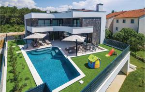 Five-Bedroom Holiday Home in Biograd