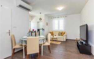 Two-Bedroom Apartment in Krk